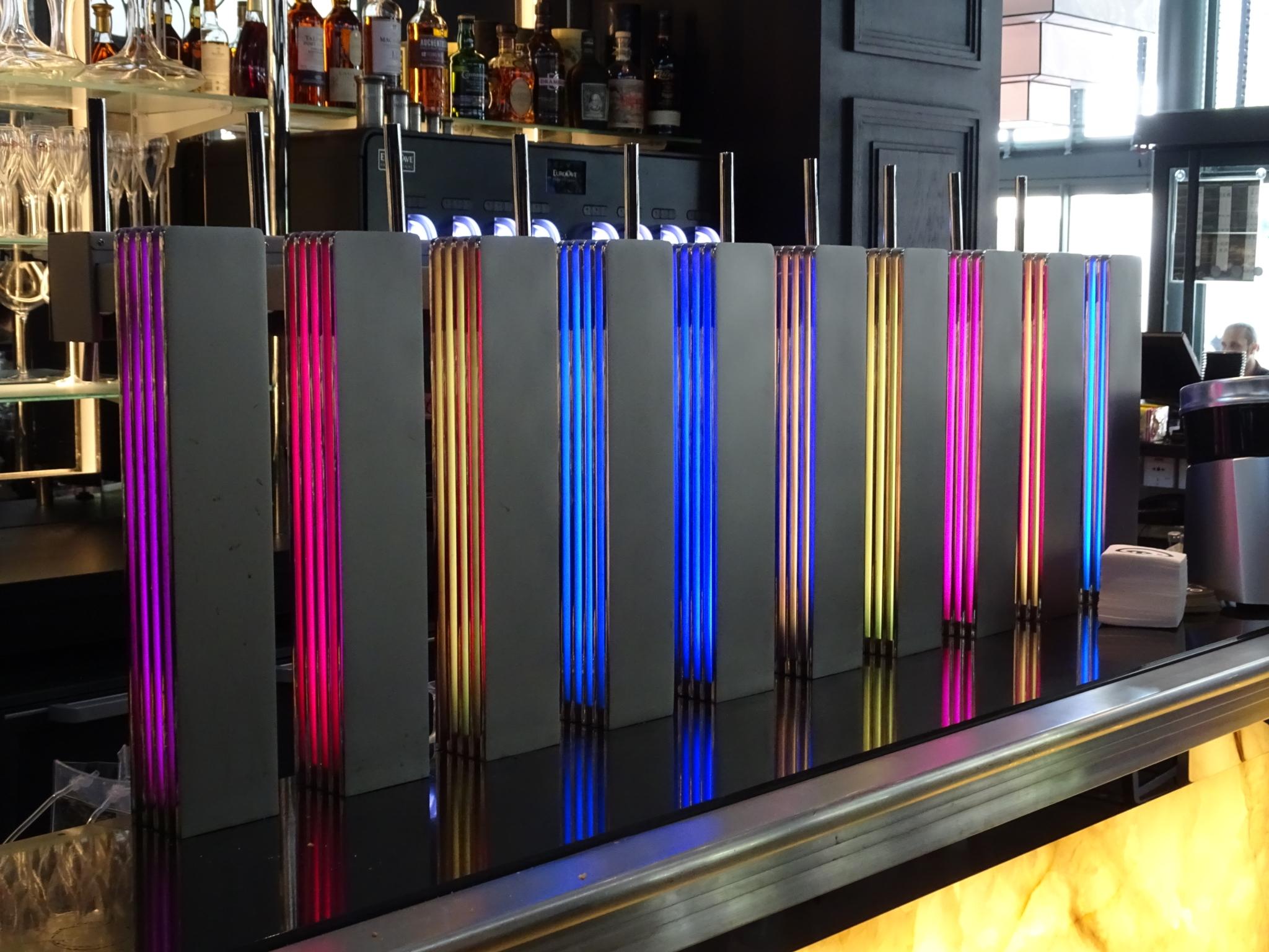 tirador-iluma-Aplimet-sirve-cervezas-restaurante-ledito-dijon